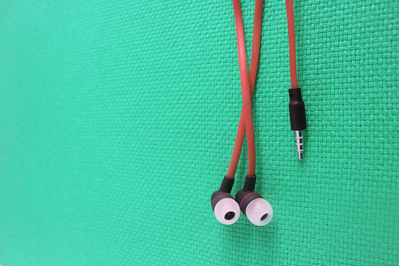 26. trening: Bolje da ti ispadne slušalica iz uha nego uho iz slušalice